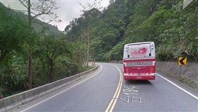 台18線,阿里山公路,遊覽車,擦撞 圖/翻攝自Google Map