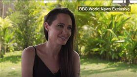 安潔莉娜裘莉,Angelina Jolie(圖/翻攝自BBC World News)