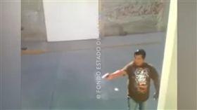 墨西哥,爭執,開槍(圖/翻攝自YouTube)