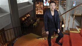 汪小菲在台投資的S Hotel將於4月15日開幕。
