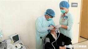 雙和醫院「特殊需求者口腔照護中心」提供到宅醫療服務。(圖為模擬圖/楊晴雯攝)