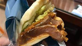 超商,烤雞,7-11,便利商店,三明治,蜜汁烤雞玉子三明治,生肉,雞肉,統一,爆料公社-翻攝自爆料公社