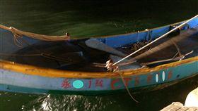 安平港 船 釣客\ 中央社