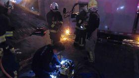 高雄輕軌列車撞養護工人 恢復正常營運 中央社