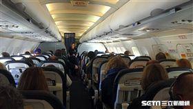 航空,機艙,空服員,乘客,機上,飛機。(圖/記者簡佑庭攝)
