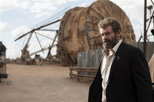 《羅根》,休傑克曼(Hugh Jackman),X教授,派屈克史都華(Patrick Stewart) 圖/福斯提供