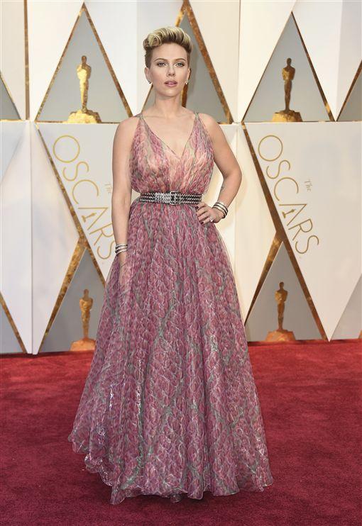 奧斯卡紅毯星光大道史嘉蕾喬韓森(Scarlett Johansson) 圖/美聯社