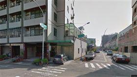 東英六街和三賢路交叉口 google map