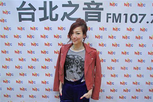 鄭秀文 娃娃 魏如萱 圖/HitFM提供