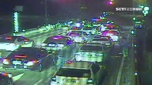 疑「調虎離山」飆車 120輛車被警封路攔 三立新聞台