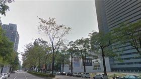 情侶摩鐵露天泳池活春宮 遭不明人士從大樓偷拍_google map