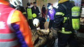 桃園市私立愛心長期照護中心安養中心10日清晨5時傳出火災。(圖/桃園消防局提供/中央社)