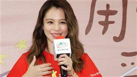 徐若瑄擔任家扶的兒童保護代言人,呼籲拯救受虐兒童「愛自己、愛家人、建立健康家庭」。(記者邱榮吉/攝影)