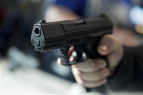 Gun,槍,開槍,槍擊,射擊,槍案 示意圖/美聯社/達志影像