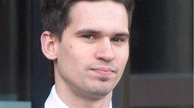 蘇格蘭少年 性侵 http://www.mirror.co.uk/news/uk-news/student-who-admitted-raping-12-10046424