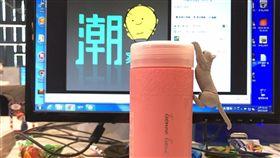 玫瑰奶茶。(圖/記者王劭瑜攝)