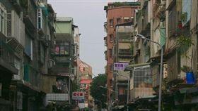 台北市市容_https://www.ptt.cc/bbs/Gossiping/M.1489605763.A.B91.html