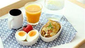 早餐,蛋白質,糖類,牛奶,蛋,果汁,咖啡,下午茶(圖/攝影者with wind,flikr CC License/網址http://bit.ly/22DZCXr)
