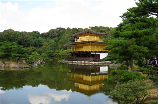 日本金閣寺(圖/攝影者Jiashiang, Flickr CC License)https://goo.gl/JYbrSJ