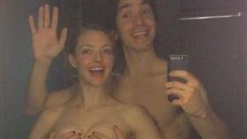亞曼達塞佛瑞和前男友賈斯汀隆的裸照遭駭。(翻攝自dispatch)