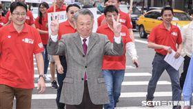 國民黨黨主席選舉,前副主席詹啟賢前往中央黨部領表 圖/記者林敬旻攝