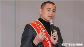 行政院長林全接見十大傑出青年,江振誠 圖/記者林敬旻攝