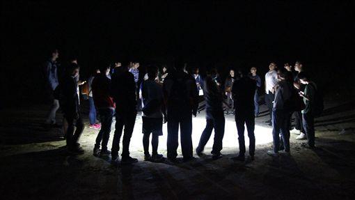 鬼故事夜遊團,宜蘭,頭城,廢墟,夜遊,探險,靈異(臉書https://www.facebook.com/pttghost/photos/a.372610016127569.86311.309726845749220/1293007227421172/?type=3&theater)
