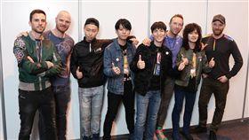 Coldplay來台開唱 老蕭率「獅子合唱團」朝聖 圖/華納提供