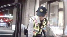 警察 太平 救人 翻攝自tcpb局長室