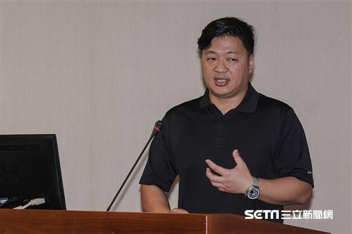 棒球員生涯公聽會,中華職棒球員工會發言人趙子維 圖/記者林敬旻攝