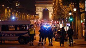 法國,巴黎,香榭大道,恐攻(圖/翻攝自推特)