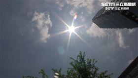 雙LOGO勿用)晴天、陽光、炎熱、大太陽、氣象示意圖、陽傘