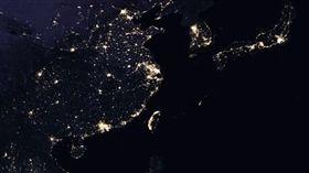 高清,地心引力,地球,全球夜景圖,NASA,台灣,北韓 圖/翻攝自NASA https://goo.gl/AgN5CD