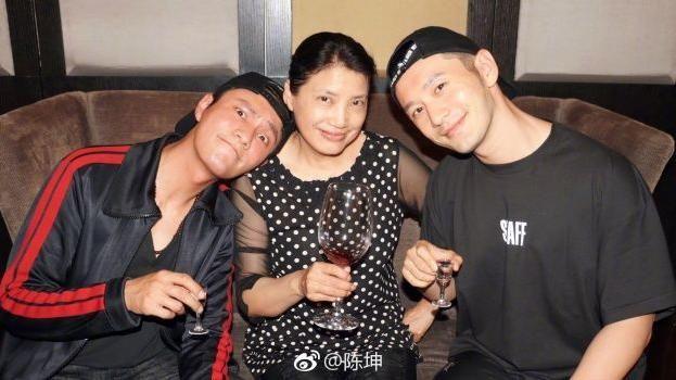 20年老友聚首破冰 陳坤同框黃曉明