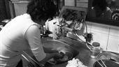 洗碗、做家事/(flickr)https://flic.kr/p/4DnoJ4