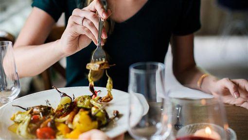 聚餐,聚會,吃飯, 圖/Pixabay