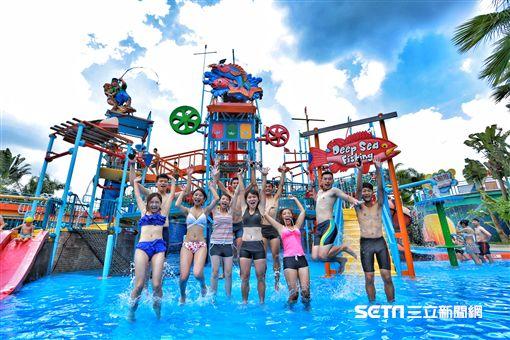 劍湖山水樂園,玩水,水上活動,人造海浪。(圖/劍湖山提供)