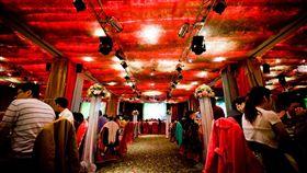婚宴 結婚 https://www.flickr.com/photos/katechin/8265845469/in/photolist-bVd9XP-dNtKMf-dNtKHY-dNtKPQ-6oXnZK-dAwfkd-dAqpG2-dAqBT4-6cYmxM-6d3vcm-dAvVhW-8J8AxK-dAw1Sd-8J8xP8-8JbDHS-6d3vvA-dAwdaG-8JbD99-dAqqE