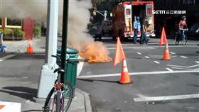 人孔蓋爆炸噴飛 濃煙烈火直衝天際