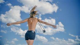 開心,快樂,女性,夏天,瘦身,減肥,女孩 (示意圖/Pixabay)