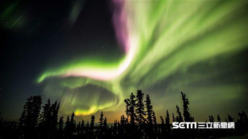 加拿大極光之都,黃刀鎮,極光。(圖/加拿大航空提供)