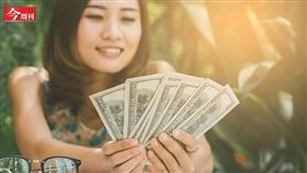今周刊1065期,台幣狂升 該解約美元定存嗎?