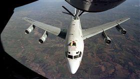 美國空軍WC-135偵察機_維基百科