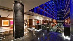 墨爾本,InterContinental,飯店,慈善,午餐,暖心 圖/翻攝自《每日郵報》