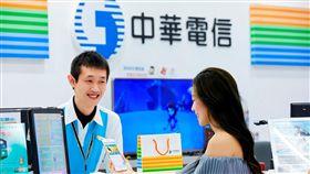中華電祭限時優惠 i6s Plus降價4000元(圖/中華電信提供)