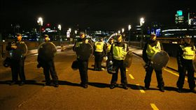 英國,恐攻,英國警察(圖/路透社/達志影像)