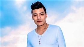「星光一班」歌手劉明峰/臉書