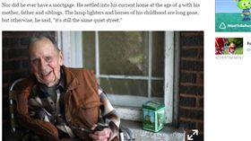 葛雷默(Russ Gremel) 股票 捐錢  http://www.chicagotribune.com/business/ct-walgreens-2-million-stock-donation-0604-biz-20170602-story.html