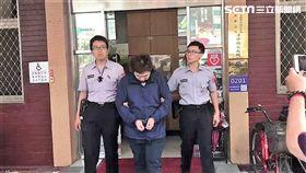 馬男在臉書留下捷運殺人宣言,警方獲報後迅速前往逮人(楊忠翰攝)