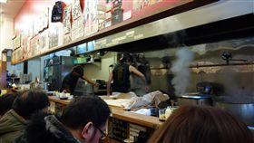 日本 餐廳 https://www.flickr.com/photos/ladyous/11866627733/in/photolist-j5ByZT-9dEHKV-eW3aHs-8fyvbP-r1tBN8-r9LTyW-iLnAoo-gGEupn-9dQ64L-AfQFUK-oyimrW-98z3yz-9dDfQM-SNv7yk-8oc4pJ-e8gyEA-abB7cM-9dDDZP-nQs2U